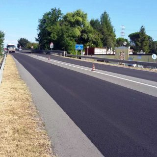Road surface dressing via slurry microsurfacing - Slurry Srl